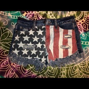 Mossimo denim shorts with flag